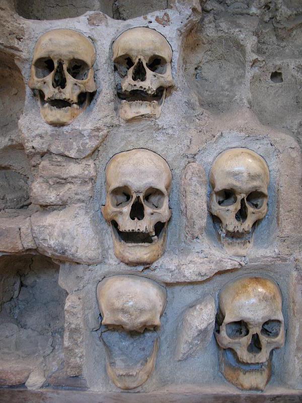 Skull_Tower_detail.jpg